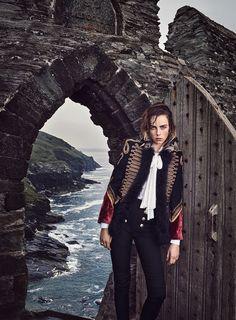 """Major General"" Edie Campbell and Graze Hartzel for Vogue US September 2016"