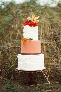 Rustic Autumn Wedding Cake - Fall wedding ideas