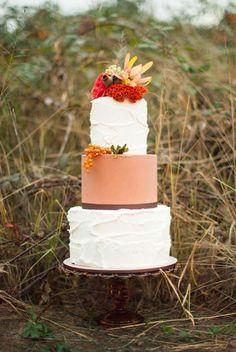 Rustic Autumn Wedding Cake - Fall wedding ideas