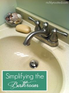 Bathrooms hide so much clutter! Here's a great how-to for simplifying the bathroom cabinets and counter. Time to get rid of all those extra bottles and unused makeup!