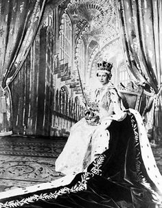 Aged 25 at her coronation in 1953, Lizzy looked young but in full command of her duties as Queen. That's what carrying the royal sceptre as a fashion accesory does for your look, frankly