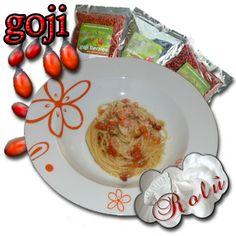 Spaghetti Goji    http://www.incucinaconrolu.it/lista-news/11-primi/48-spaghetti-in-cialda