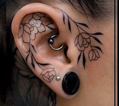Ears are mostly adorned with piercings, and not tattoos. Just make sure that you choose the very best ear tattoo designs that can speak for Piercing Tattoo, Tattoo Femeninos, Piercing Eyebrow, Get A Tattoo, Tiny Tattoo, Tattoo Music, In Ear Tattoo, Lobe Piercing, Peircings
