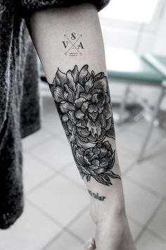 tattoo - flowers by andrey svetov #arms #forearms #tattoos