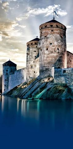 St. Olaf's Castle, Finland - You may want to take a closer look at each of these castles that took part in History. Visit http://glamshelf.com
