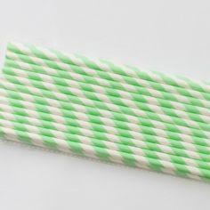 Mint paper straws ready for drinks Paie de hartie mint :)  http://bowsandpies.ro/paie-de-hartie/24-paie-de-hartie-mint.html