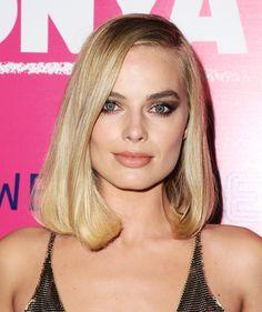Margot Robbie's I, Tonya Press Tour: Her Hair and Makeup Looks