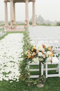 Beautiful outdoor ceremony #weddings #ceremony #outdoorwedding #weddingdecor #gardenwedding