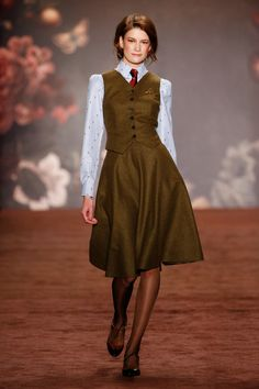 Attractive outfit with classic work horse separates. Imagining straight skirts with vests in black, gray and camel...good winter capsule. Lena Hoschek Fall 2016