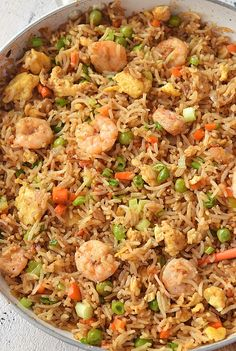 best shrimp fried rice you can try- better than takeout Shrimp Fried rice savorybitesrecipes shrimpfriedrice bestfriedrice dinnerrecipes 525091637804225307 Chinese Shrimp Fried Rice, Fried Rice Recipe Chinese, Best Fried Rice Recipe, Seafood Fried Rice, Shrimp And Rice Recipes, Chicken Recipes, House Fried Rice Recipe, Rice Recipes For Lunch, Gastronomia