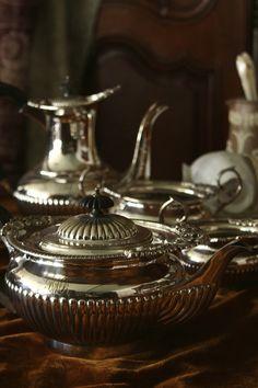 アンティークシルバーティーポット コーヒーポット GOLDSMITHS & SILVERSMITHS COMPANY LTD. イギリス