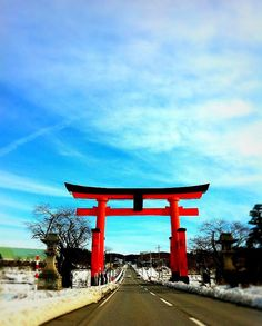 "Japanese ""Torii"" - biggest in the world"