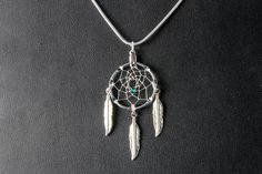 Silver Dream Catcher Necklace with a green bead and 3 feathers, Christmas Gift, simple necklace, small dreamcatcher necklace, Native inspire by OriginalsByCathy on Etsy Green Necklace, Simple Necklace, Turquoise Necklace, Pendant Necklace, Dream Catcher Jewelry, Small Dream Catcher, Bead Weaving, Feathers, Dangles