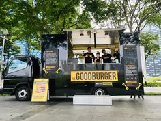 The Goodburger food truck. serving delicious plant-based Impossible burgers in SG! Burger Food, Burger Recipes, Food Truck Business, Impossible Burger, Food Truck Design, Trailer 2, Fat Man, Food Trucks, Plant Based Recipes