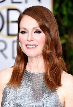 Golden Globes 2015 Celebrity Hairstyles and Makeup: Julianne Moore