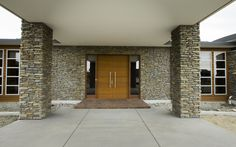 Our ever popular Mt Shale stone veneer profile, shown here in this portico, with front door entrance and columns - stunning!