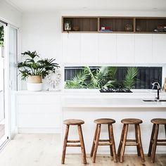 Kitchen Green Splashback Open Shelving 20 Ideas For 2019 Home Design, Küchen Design, Interior Design Kitchen, Kitchen Living, New Kitchen, Kitchen Decor, Grey Kitchens, Home Kitchens, Kitchen Table Makeover