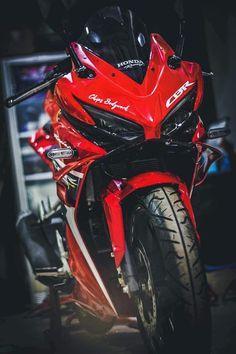 Custom Bobber, Custom Bikes, Ninja Bike, Gp Moto, Best Motorbike, Honda Cbr 1000rr, Motorcycle Wallpaper, Sportbikes, Honda Motorcycles
