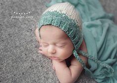 Newborn Bonnet, Knit Baby hat, Baby Girl Hat, Tiny Hearts Bonnet, Newborn Photo Prop, Newborn Photography, Striped Bonnet, Hats for Babies