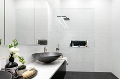 15 tricks to making your bathroom look and feel bigger