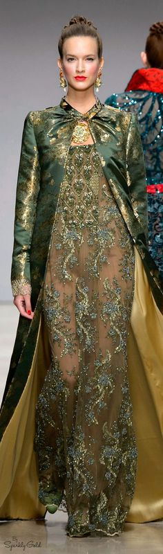 Raffaella Curiel Fall 2015.  If I dressed formally, I would wear dresses and coats such as this!