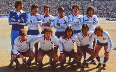 Nacional de Uruguay campeón de la Copa Libertadores in 1980, beating Internacional from Brazil in the finals. After becoming South American champions, Nacional won the Intercontinental Cup for the second time, defeating European champions Nottingham Forest from England 1–0, with goal by forward Waldemar Victorino. That year Nacional also won the Uruguayan championship.