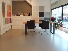 De kleurstudio/showroom gevestigd aan de Rijnstraat 200 in Amsterdam. Voor openingstijden zie: www.designgietvloer.nl