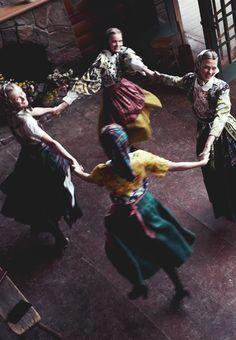 Karlie Kloss, Toni Garrn, Kamila Filipcikova & Agnete Hegelund/Vogue Italia by Steven Meisel