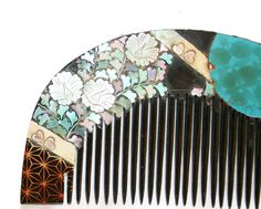 How cool is this Japanese Lacquer #HairComb? Some may say it's from the 1800's. #Loveit