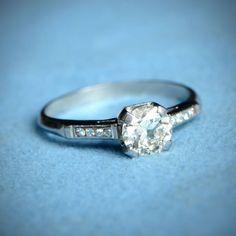 Vintage Engagement Ring. Circa 1950