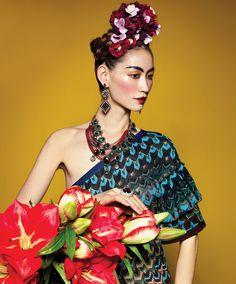 Frida, flowers, hair
