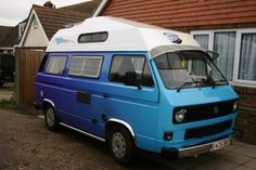 volkswagon-camper-van-T25-with-large-drive-away-awning-Khyam-5000ex