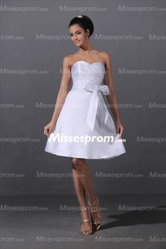 White Simple Sweetheart Mini Length Wedding Dress With Cute Bowknot