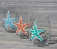 Starfish Stemless Wine Glass  - hand painted wine glasses that can be personalized for the perfect gift for any beach lover! Great gift for bridesmaids or beach wedding guests.