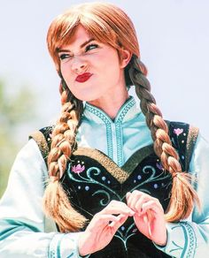 Disney Cosplay at its best! Sora at Disney World! Anna Disney, Disney Day, Disney Girls, Baby Disney, Disney Magic, Frozen Cosplay, Disney Cosplay, Walt Disney Pictures Movies, Frozen Film