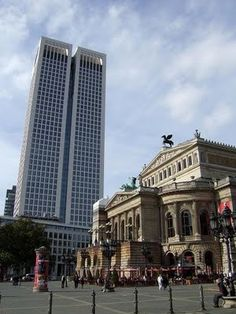 The Old Opera House in Frankfurt