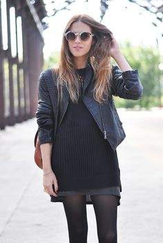 Sweater, Primark/ Dress, boots, Zara/ Ring, Tous/ Bag, Vintage/ Necklace, F21