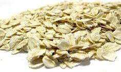 Am besten geeignet sind Getreideflocken oder Grieß aus Vollkorn. Die bekanntesten Getreidesorten, sowie die Vor- und Nachteile gibt es hier zum Nachlesen.