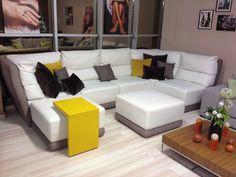 Роскошный модульный диван для большой гостиной, каминного зала, домашнего кинотеатра - это воплощение комфорта и элегантности. Размер и цвет специально подберем для Вашего интерьера. Модульный диван СЕЛЕБРИТИ #RestLineМебель