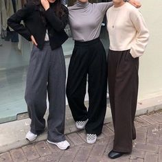Winter Fashion Trends 2020 for Casual Outfits Look Fashion, 90s Fashion, Korean Fashion, Girl Fashion, Winter Fashion, Fashion Outfits, Fashion Ideas, Travel Outfits, Classy Fashion