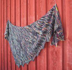 Ravelry: Vertex pattern by Helena Joronen Shawl Patterns, Pattern Library, Knit Or Crochet, Tie Dye Skirt, Ravelry, All Things, Skinny, Blanket, Goblin