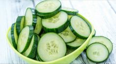 7 Days – 7 Kg Less (Cucumber Diet)  The cucumbers are amazing vegetables. They are packed with nutrients and health benefits. Cucumbers contain vitamins and minerals. Cucumber Canning, Cucumber Salad, Cucumber Benefits, Lose Weight, Weight Loss, Lose Fat, Water Weight, Go For It, Healthy Vegetables