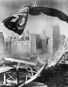 Mothra is a recurring character in the Godzilla franchise first appearing in Mothra It looks very real, as you can see. Classic Monster Movies, Giant Monster Movies, Classic Monsters, Cool Monsters, Horror Monsters, Godzilla Franchise, Godzilla Vs, Female Monster, Japanese Monster