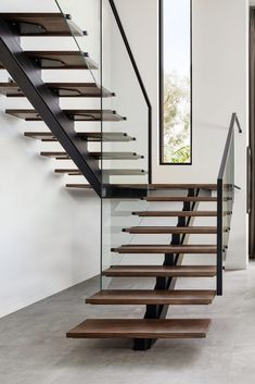 Minimalistic and clean staircase with modern windows Stairs Design Modern Clean HLYTRNTY holytrinitylight Minimalistic Modern staircase windows Stair Railing Design, Home Stairs Design, Interior Stairs, Modern House Design, Modern Window Design, Staircase Design Modern, Railing Ideas, Stair Treads, House Staircase