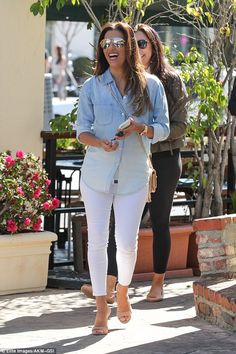 Girls' day! On Tuesday, Eva Longoria looked like a ray of sunshine as she was spotted out ...