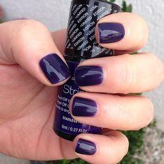 Starless Night by alessandro #alessandrointernational #alessandro #nails #nailpolish #nailswag #vernis #manicure