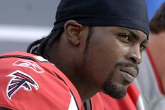 Quarterback Michael Vick said he has not spoken to anyone with the Atlanta Falcons about signing a one-day contract so he can officially…