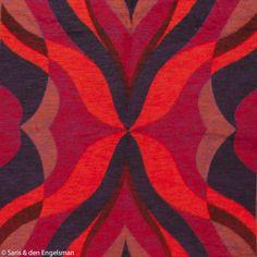 Deze spectaculaire deken heeft helaas geen label. Zeldzame kleurencombi: rood met diep paars, bam.