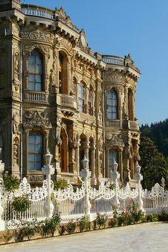 Küçüksu Pavillion, Istanbul / Turkey (by Senol Demir). (It's a beautiful world) Travel Tours, Travel And Tourism, Travel Hacks, Travel Packing, Travel Destinations, Travel Ideas, Walk Around The World, Around The Worlds, Beautiful World