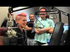 """P!nk """"Pretty Pretty Please"""" Acoustic- A love letter to her daughter"""